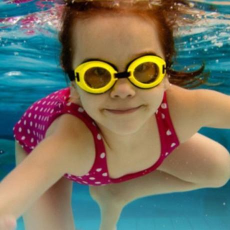 Cursets natació per nens Gimnàs Playsports